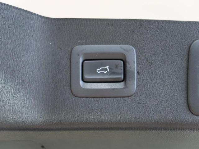 XD Lパッケージ 禁煙車 サンルーフ BOSE コネクトナビ フルセグ Bluetooth 衝突軽減装置 レーダークルーズコントロール 車線逸脱警報 クリアランスソナー 電動リア シートヒーター LEDヘッド ETC(12枚目)