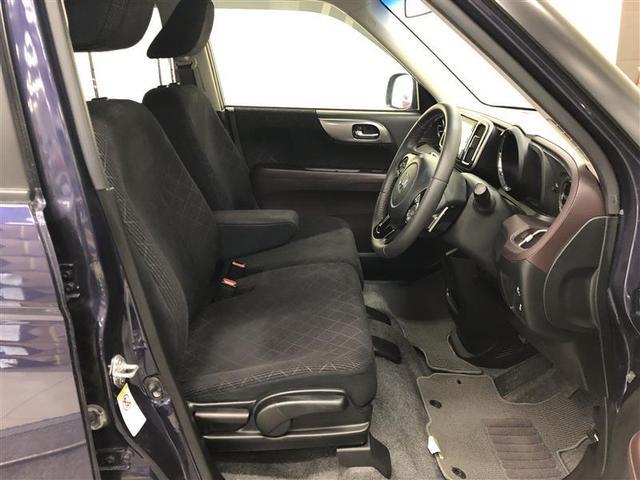 厚みのあるシートとゆったり乗れるスペースで長距離運転でも疲れにくくなっています。
