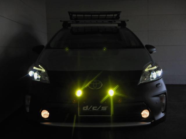 LEDヘッドライトにFOGランプ!追加イエローFOGとやる気満々な顔立ち!