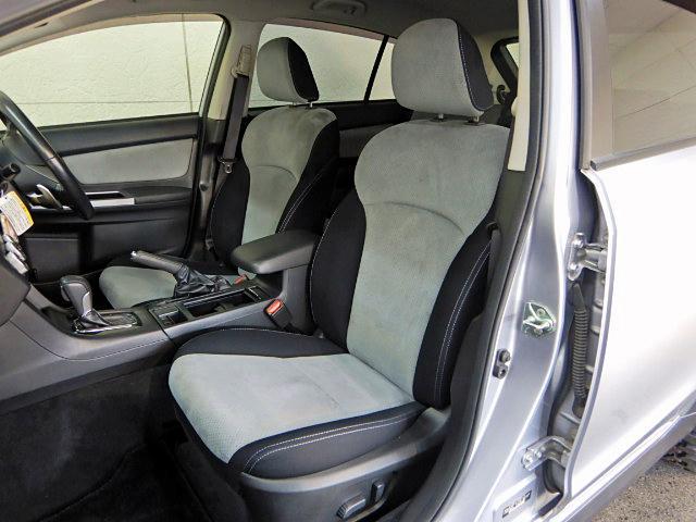 「スバル」「XVハイブリッド」「SUV・クロカン」「愛知県」の中古車12