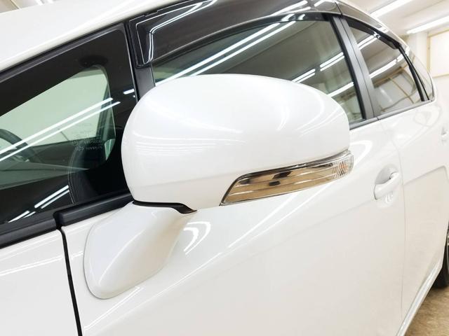 トヨタ プリウスアルファ G スカイライトルーフ 純正ナビ Bカメラ 19AW LED