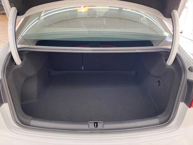 1.4TFSI アウディプレセンス 純正ナビ ソナー付バックカメラ フルセグ DSRCETC 純正16AW スマートキー LEDヘッド バーチャルコックピット アダプティブクルーズコントロール サイドアシスト(17枚目)
