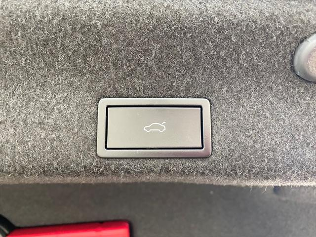 TSIハイライン 衝突防止装置 純正ナビ ソナー付きバックカメラ ドライブレコーダー パワーシート シートヒーター 電動リアゲート リアフィルム オートホールド フルセグテレビ アダプティブクルーズコントロール(35枚目)