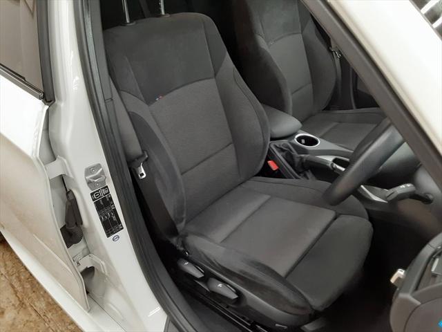 xDrive 20i Mスポーツ ナビ スマートキー ルームミラー一体型ETC 純正18インチアルミホイール アイドリングストップ フォグランプ HIDヘッドライト プッシュスタート(16枚目)