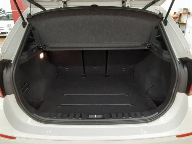 xDrive 20i Mスポーツ ナビ スマートキー ルームミラー一体型ETC 純正18インチアルミホイール アイドリングストップ フォグランプ HIDヘッドライト プッシュスタート(20枚目)