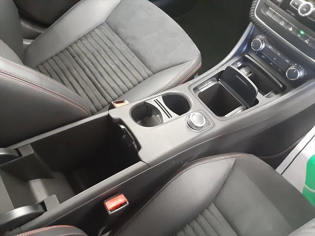 A180 ブルーエフィシェンシースポーツ 純HDDナビ フルセグTV ハーフレザーシート 純正19インチAW バックカメラ ETC クルーズコントロール 走行モード切替 アテンションアシスト 車間距離警告 エレクトリックスタビリティプログラム(31枚目)