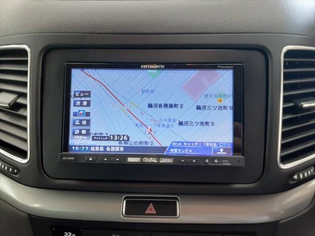 TSI コンフォートラインブルーモーションテクノロジ ベイキノセンヘッドライトパッケージ ナビ フルセグTV 両側パワースライドドア クルーズコントロール アイドリングストップ コーナーセンサー サンルーフ フォグランプ HIDヘッドライト ETC(25枚目)