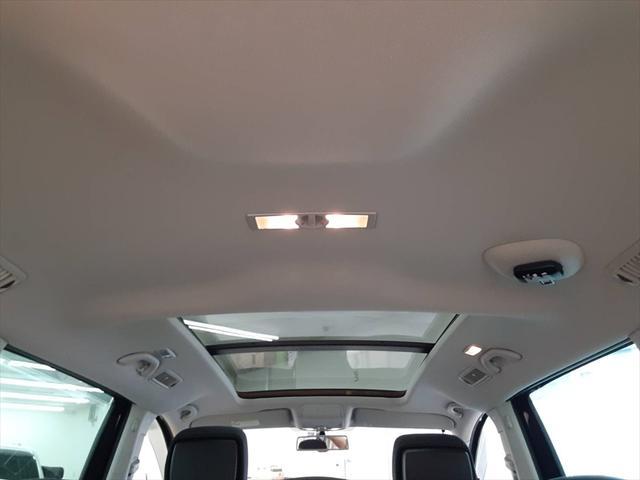 TSI コンフォートラインブルーモーションテクノロジ ベイキノセンヘッドライトパッケージ ナビ フルセグTV 両側パワースライドドア クルーズコントロール アイドリングストップ コーナーセンサー サンルーフ フォグランプ HIDヘッドライト ETC(49枚目)