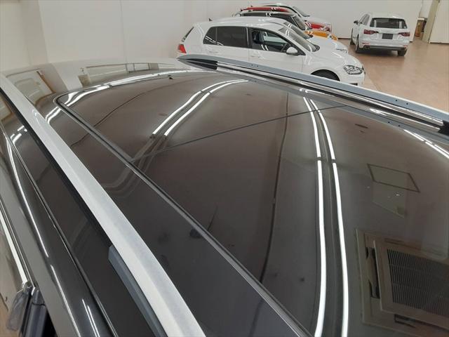 TSI コンフォートラインブルーモーションテクノロジ ベイキノセンヘッドライトパッケージ ナビ フルセグTV 両側パワースライドドア クルーズコントロール アイドリングストップ コーナーセンサー サンルーフ フォグランプ HIDヘッドライト ETC(51枚目)