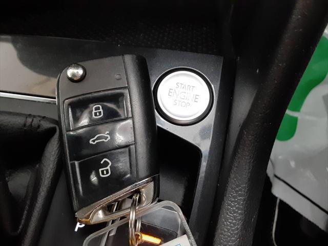 TSI ハイライン 純正ナビ シートヒーター クルーズコントロール レーンキープ プリクラッシュブレーキシステム 全周囲モニター LEDヘッドライト 走行モード切替(58枚目)