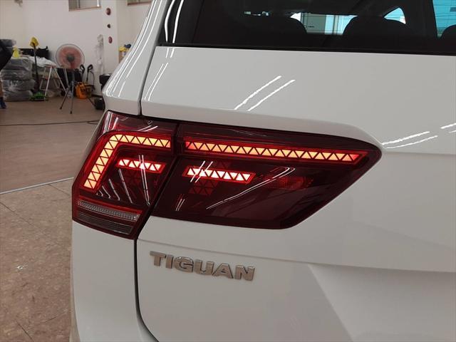 TSI ハイライン 純正ナビ シートヒーター クルーズコントロール レーンキープ プリクラッシュブレーキシステム 全周囲モニター LEDヘッドライト 走行モード切替(67枚目)