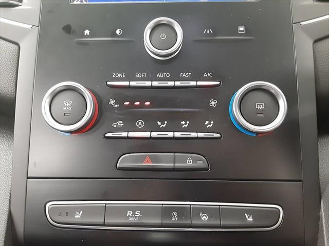 GT 純正オーディオ バックカメラ 走行モード切替 シートヒーター クルーズコントロール アイドリングストップ LEDヘッドライト Bluetooth 純正18インチアルミホイール(29枚目)