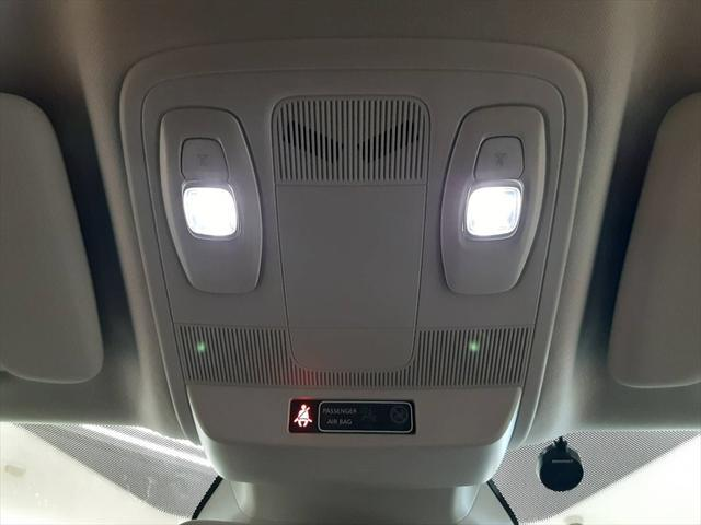 GT 純正オーディオ バックカメラ 走行モード切替 シートヒーター クルーズコントロール アイドリングストップ LEDヘッドライト Bluetooth 純正18インチアルミホイール(53枚目)