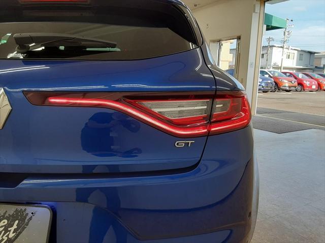 GT 純正オーディオ バックカメラ 走行モード切替 シートヒーター クルーズコントロール アイドリングストップ LEDヘッドライト Bluetooth 純正18インチアルミホイール(55枚目)