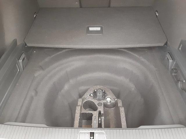 2.0TSI Rライン テクノロジーパッケージ 純正ナビ フルセグTV レーンキープ ブラインドスポットモニター 衝突軽減装置 マッサージ機能 シートヒーター(54枚目)