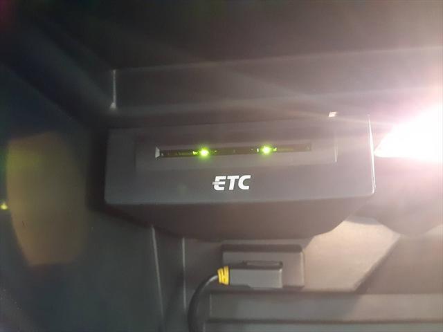 1stエディション 純正ナビ HIDヘッドライト パドルシフト スポーツシート 革巻きステアリング ETC Bluetooth アイドリングストップ 純正16インチアルミホイール(39枚目)