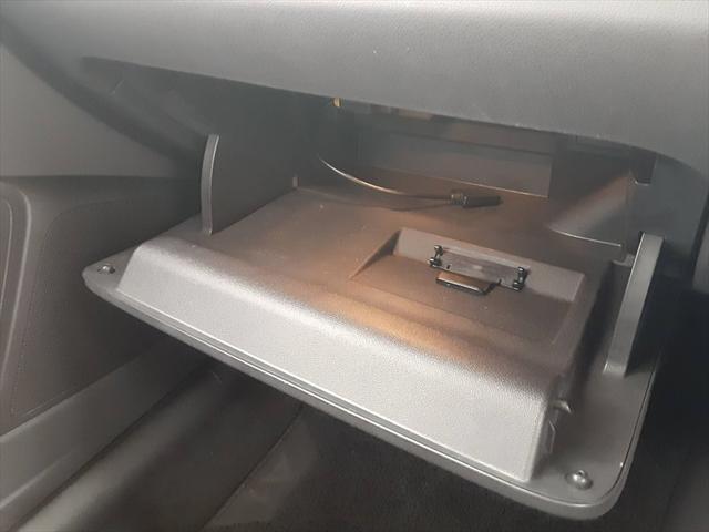1stエディション 純正ナビ HIDヘッドライト パドルシフト スポーツシート 革巻きステアリング ETC Bluetooth アイドリングストップ 純正16インチアルミホイール(41枚目)