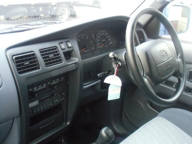 トヨタ ハイラックスサーフ SSR-X ワイドボディ ディーゼルターボ 4WD 5速MT