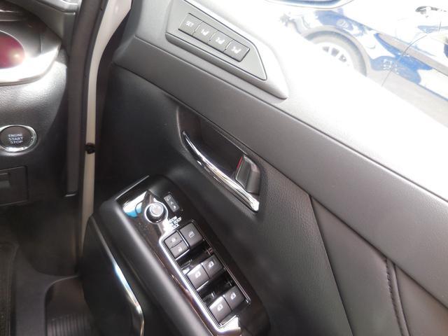 2.5Z Gエディション 1オーナー 禁煙車 衝突軽減 サンルーフ モデリスタエアロ 3眼LEDヘッド シーケンシャル 黒合皮革シート シートAC BIGX11inナビTV 12.8in後席モニター デジタルインナーミラー(8枚目)
