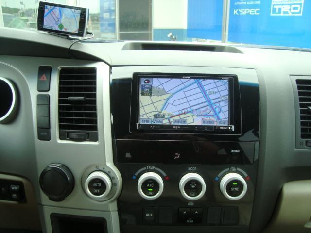 米国トヨタ セコイア SR5 1ナンバー SDナビ バックカメラ 24インチAW