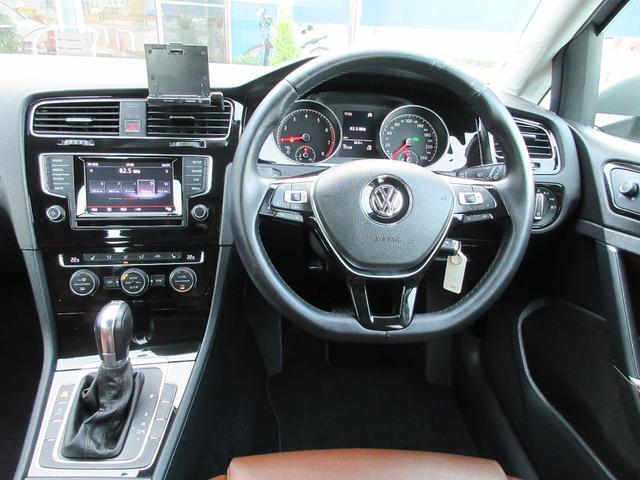 フォルクスワーゲン VW ゴルフ TSIハイL BMT ブラウンレザー 1オーナーナビ地デジ