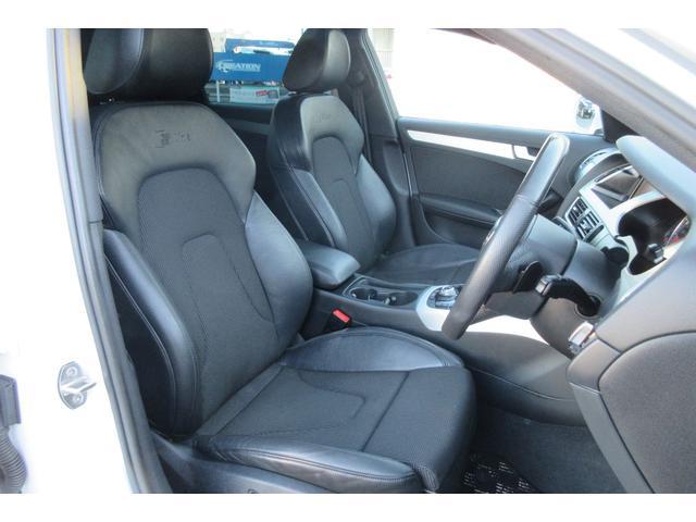 運転席と助手席にはパワーシートが装備されておりますので細かくドライビングポジションを調節して頂けます!!