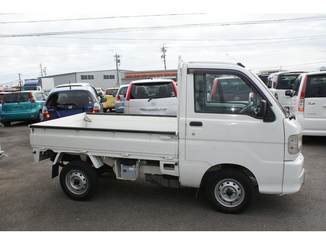 2WD 5速MT  エヤコン付き(3枚目)