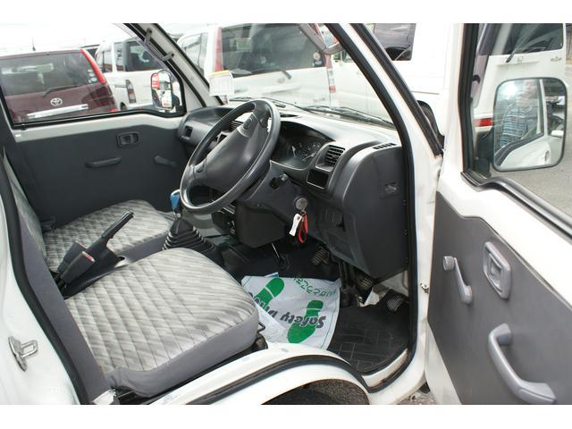 2WD 5速MT  エヤコン付き(17枚目)