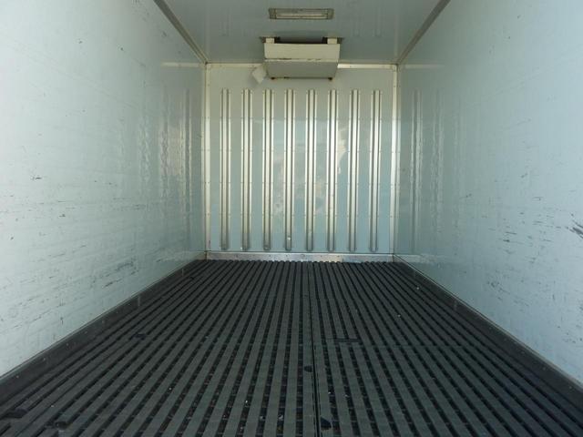 全低床 冷凍冷蔵車 三菱冷凍機(9枚目)