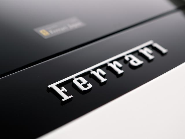 フェラーリ フェラーリ 488GTB 7年間定期メンテ付 左H D車 カーボンセラミックブレーキ