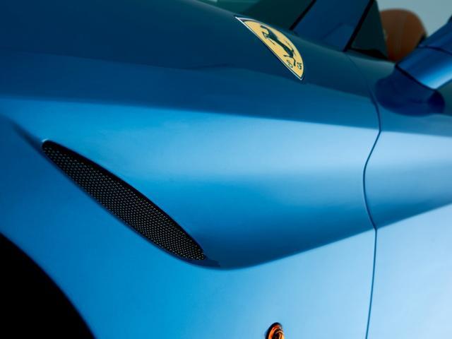 「フェラーリ」「フェラーリ カリフォルニアT」「オープンカー」「愛知県」の中古車9