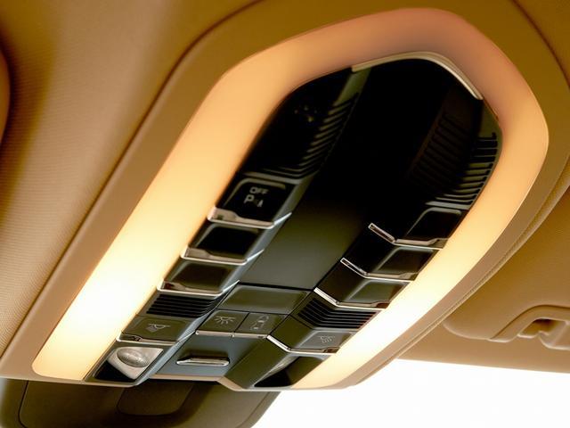 4S 4WD スポーツクロノ エアサス 左H ETC 禁煙車(20枚目)
