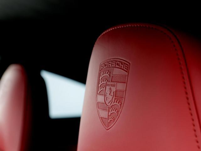 911ターボS スポーツクロノ PCCB カーボンフルキット(14枚目)