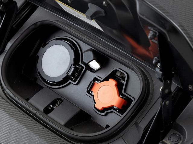ニスモ インテリジェント・モビリティ プロパイロットアクセル・パーキング VOLKRACING18インチ鍛造ホイール BLITZ車高調 ニスモ専用チューニング ウォーマー付きnismoステアリング(7枚目)