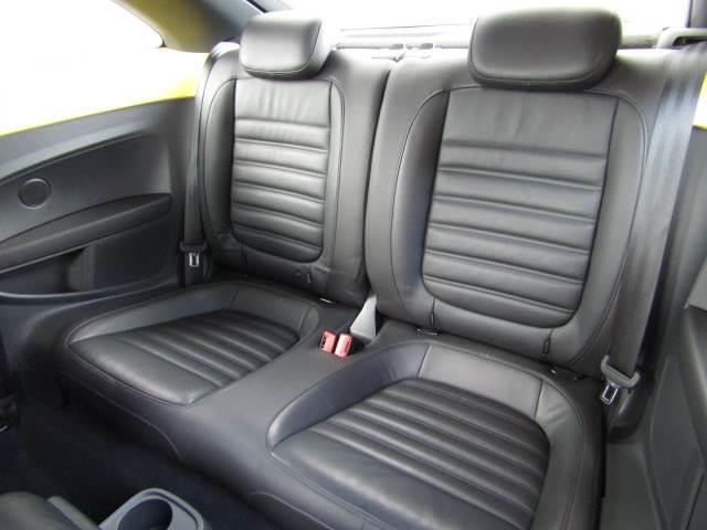 フォルクスワーゲン VW ザ・ビートル デザインレザーパッケージ 黒革 シートヒーター フルセグナビ