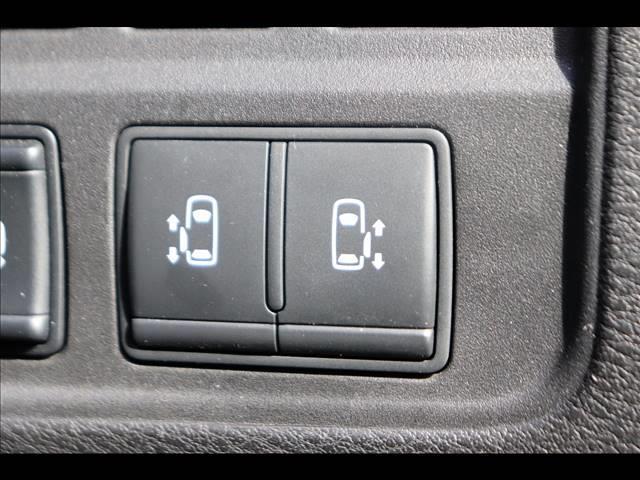 ハイウェイスター イクリプスナビ バックカメラ 両側パワースライドドア フルセグ アイドリングストップ LEDヘッドライト ステアリングスイッチ 純正ホイール オートエアコン ETC クルーズコントロール(11枚目)