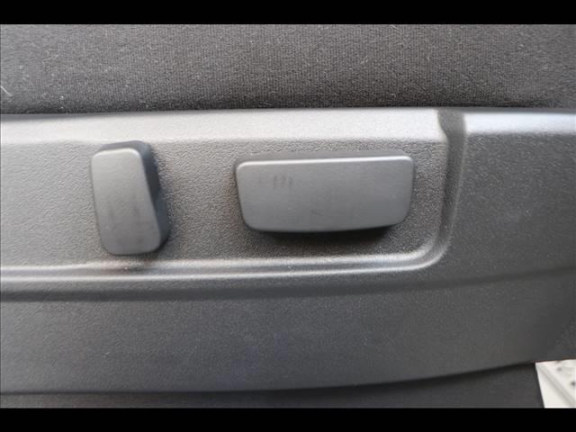 P 7人乗り アルパインBIGX フリップダウンモニター マルチアラウンドモニター パワーバックドア 4WD Bカメラ ディーゼル車 ステアリングヒーター 両側パワースライドドア パドルシフト(7枚目)