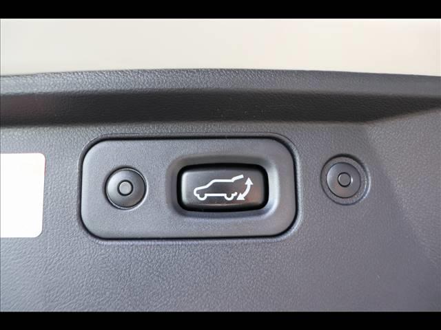 P 7人乗り アルパインBIGX フリップダウンモニター マルチアラウンドモニター パワーバックドア 4WD Bカメラ ディーゼル車 ステアリングヒーター 両側パワースライドドア パドルシフト(8枚目)