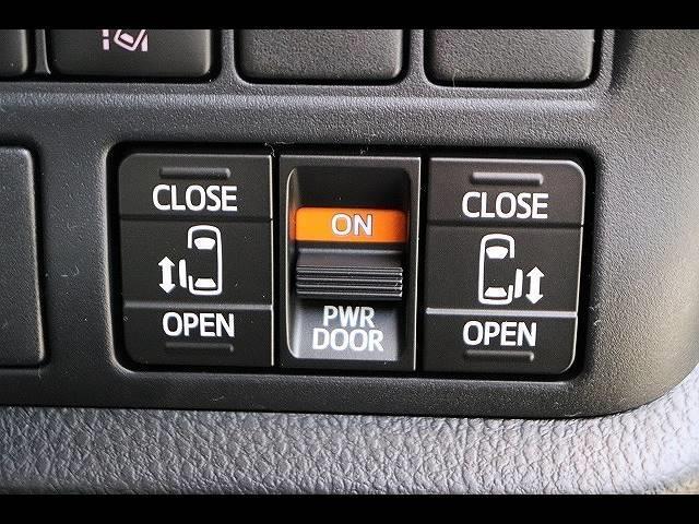 """ZS""""煌III""""7人乗り 16インチアルミ クリアランスソナー LEDヘッドライト 両側パワースライドドア アイドリングストップ 純正アルミホイール フォグライト 7人乗り ウォークスルー Wエアコン クルーズコントロール(10枚目)"""