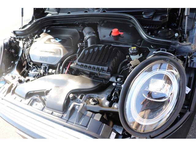 MINI MINI クーパーD 未使用車 後期LCIテール HDDナビ Aライト