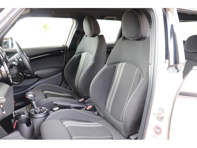 「MINI」「MINI」「コンパクトカー」「三重県」の中古車17