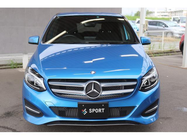 中部地区最大級のMINI専門店、SPORT三重になります。グループ内MINI、BMW、メルセデス・ベンツ総在庫数200台以上を展示しております。問い合わせ先は、059-236-4092 清水まで