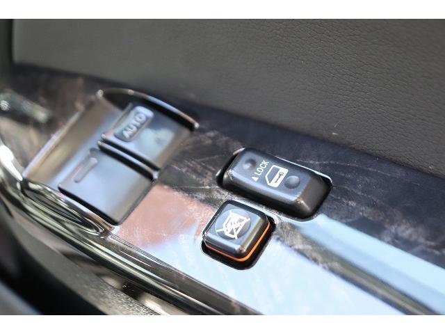 スーパーGL ダークプライム 純正SDナビ バックカメラ ETC スマートキー フルセグ ブルートゥース接続可能 ビルトインETC バックカメラ ウッドコンビハンドル スマートキー プッシュスタート LEDヘッドライト(27枚目)