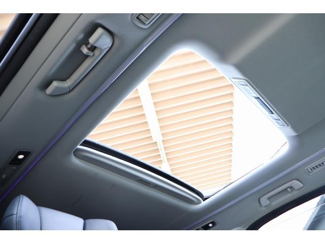 2.5Z Gエディション 黒革フルレザーシート サンルーフ アルパインSDナビ 両側電動スライドア シートヒーター パワーバックドア 後席オットマンシート 純正アルミホイール LEDヘッドライト 衝突軽減装置(5枚目)