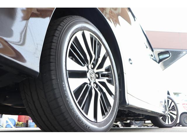 2.5Z Gエディション 黒革フルレザーシート サンルーフ アルパインSDナビ 両側電動スライドア シートヒーター パワーバックドア 後席オットマンシート 純正アルミホイール LEDヘッドライト 衝突軽減装置(19枚目)