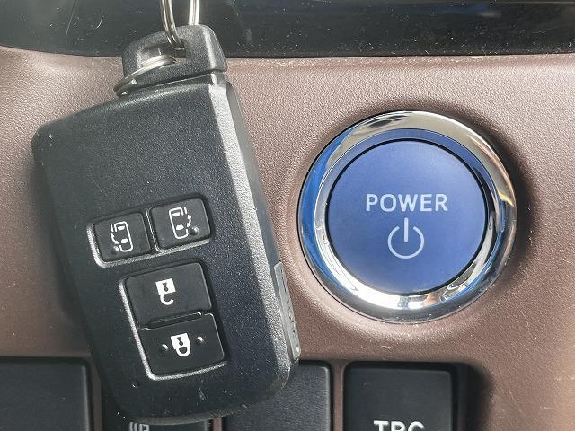 Gi 両側電動ドア 純正9型SDナビ 純正後席モニター フルセグ ブルートゥース接続可 ビルトインETC バックカメラ LEDヘッドライト クルーズコントロール シートヒーター 純正アルミ(9枚目)