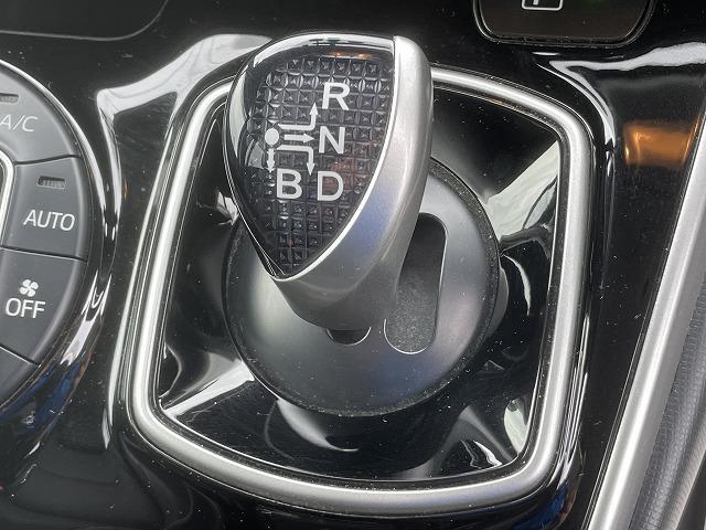 Gi 両側電動ドア 純正9型SDナビ 純正後席モニター フルセグ ブルートゥース接続可 ビルトインETC バックカメラ LEDヘッドライト クルーズコントロール シートヒーター 純正アルミ(33枚目)