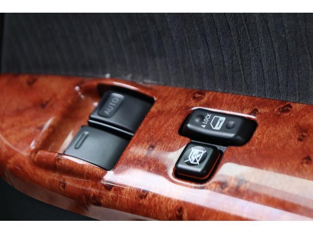 ロングスーパーGL モデリスタフロントリップ Wedsホイール 助手席エアバック HDDナビ フルセグ AC100V ETC 黒革調シートカバー 両側スライドドア 小窓付(30枚目)