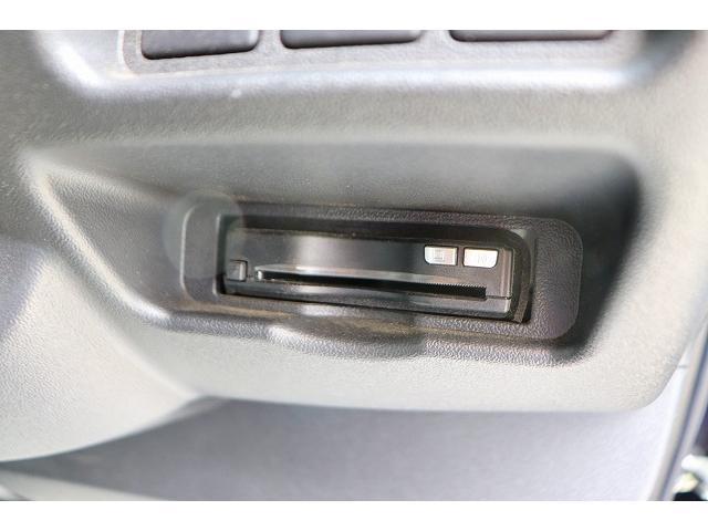 スーパーGL ダークプライム モデリスタエアロ プッシュスタート ディーゼル ステアリングスイッチ カロッツェリアナビ フルセグ バックカメラ LEDヘッドライト ETC スライドドア ハーフレザーシート(8枚目)