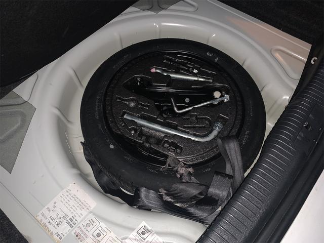 TSIトレンドライン 車検整備2年付 純正ナビ TV ETC 純正アルミ キーレス ドアバイザー トノカバー ユーザー買取車 カラードドアミラー プライバシーガラス DSG対策済(37枚目)